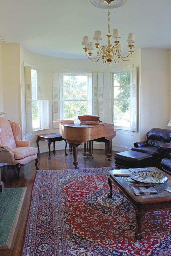 Piano-room-2.jpg