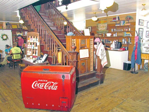 007-Nuttall-Country-Store-Vintage-Cooler-&-Post-Boxes---Copy.jpg