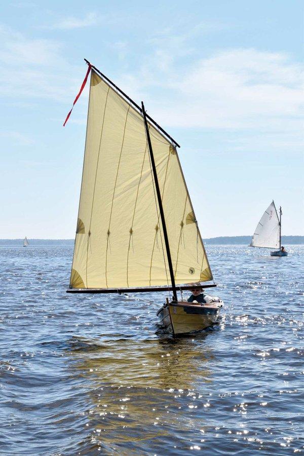 CBMM_SailingSkiff_5.jpg