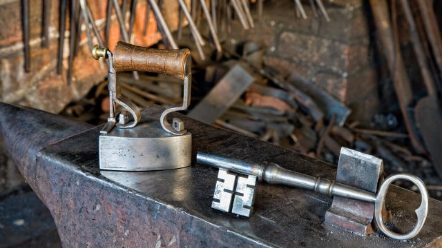 008-Key-A-forged-key-is-not-only-utilitarian-but-a-work-of-art.jpg