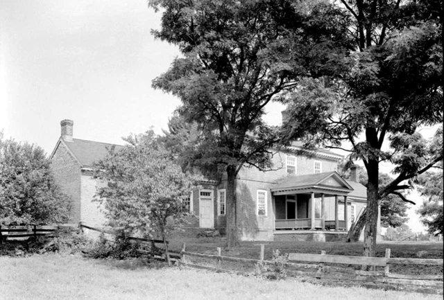 Rear-Porch-2,-Belle-Isle,-undated.jpg