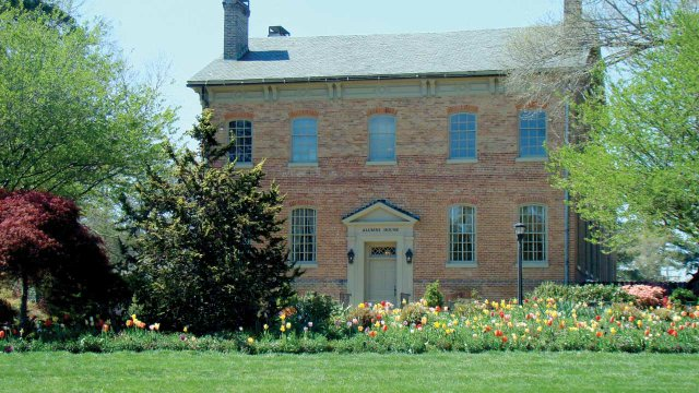 William & Mary Alumni House