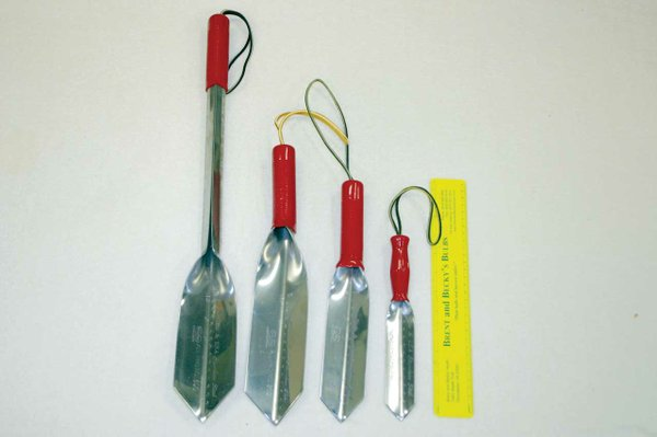Red-Handled-planting-tools.jpg