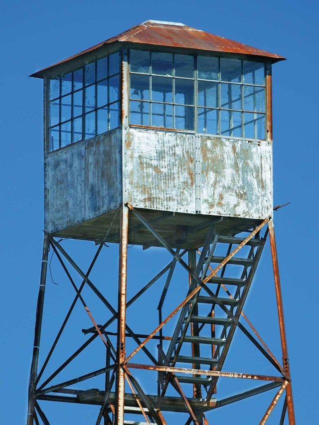 004-Mathews-Firetower-Cab.jpg