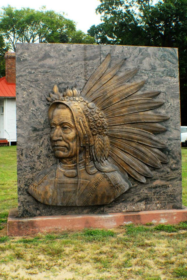 DSC_0110Bronze-relief-image-of-Chief-Powhatan-adorns-the-grounds-at-the-Pamunkey-Indian-Museum-at-King-William,-VA.-Photo-courtesy-of-Bob-Cerullo.jpg